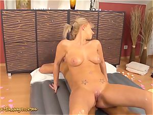 Nathaly Cherie gives lubricious nuru massage