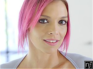 Pink-haired Anna gets a grade A dicking