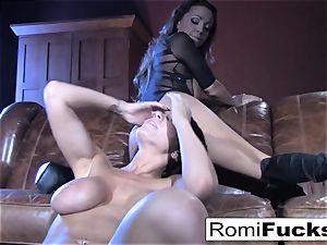 Romi Rain super-hot girl-on-girl hookup