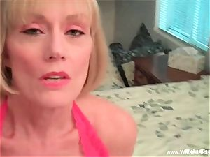 mom controls Her son's man-meat