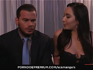 SCAM ANGELS - Kat Dior and Morgan Lee warm threesome