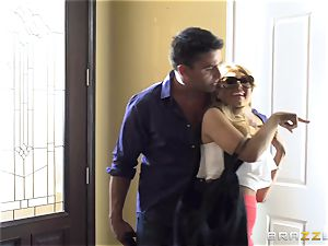 Kidnapping gets Kayla Kayden in the mood for some knob