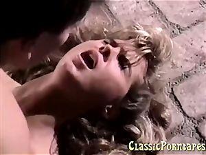 super-sexy blondie babe gets boned public