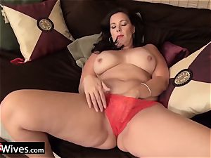 USAwives fantastic Mature damsels Solos Compilation