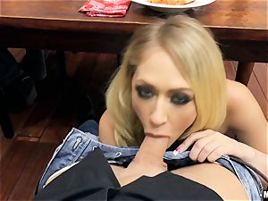ultra-kinky housewife Kagney Linn Karter blows fuckpole under the dinner table