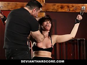 DeviantHardcore-Hot cougar rubbed and manacled To Cross