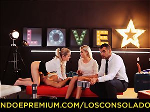LOS CONSOLADORES - perfect blondies sixty nine in gang lovemaking