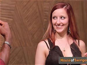 Ginger wifey meets mischievous dude who thumbs her poon in the living apartment