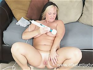Gabriella Banks is experiencing excellent stimulations on her wet snatch.