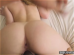super hot Jayden provokes her stepbro with her sweet rump