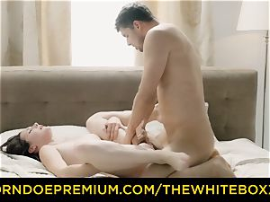 THE milky BOXXX - jism on cooter for mind-blowing Czech stunner