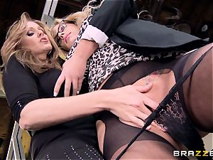 manager Julia ann bangs her mind-blowing secretary Olivia Austin