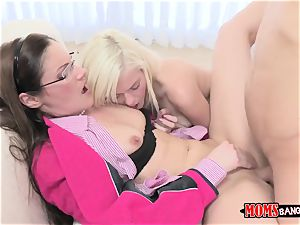Chloe Foster - Our first-ever fuckfest instructor Samantha Ryan. Me and my boyfriend want to learn