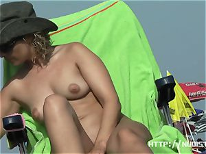 nude super-fucking-hot stunners lovinТ a sunny day at the beach