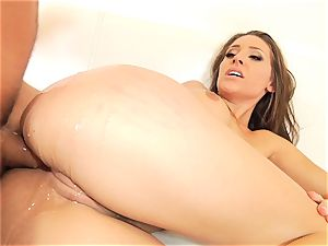tempting Gracie Glam takes an bum foray