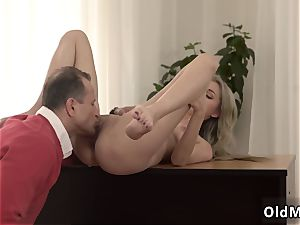 sizzling ash-blonde with phat innate boobs very first time Stranger in a phat palace knows how to
