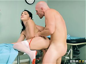 hefty innate bap youthful nurse Valentina Nappi wants to feel a yam-sized knob in her facehole