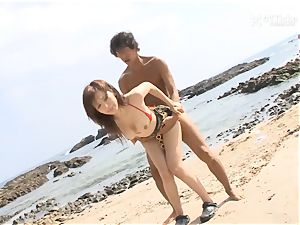 41Ticket - Mai Hanano ravages at the Beach