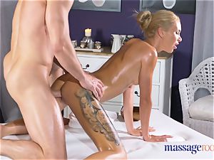 rubdown rooms steaming thin blond gives pov blow-job