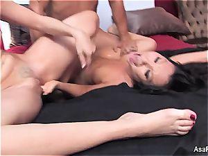 Darling Asa Akira wants man-meat in her japanese puss