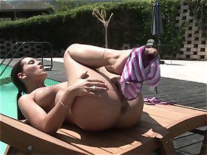 warm Eve Angel frigs her pulsating pantie pot