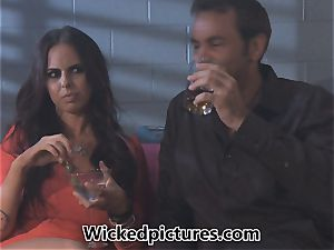 Brandy Aniston picks up a red-hot dude at a bar for a pummel